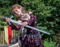 Tanec s mečem.